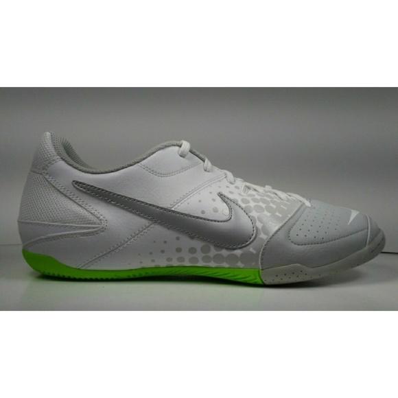 66c2600a4a8 2011 Nike5 Elastico Indoor Soccer Shoes